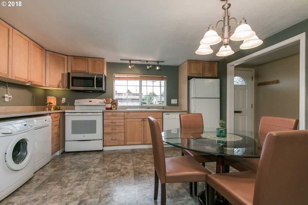 1180 W 15th Ave, Eugene, OR 97402