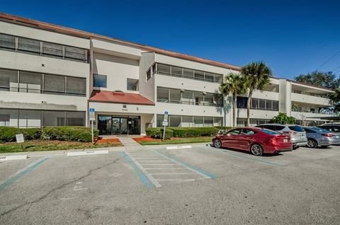 2583 Countryside Blvd Unit 3301, Clearwater, FL 33761