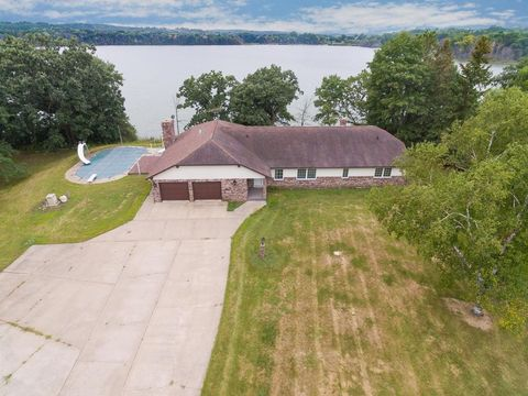 Waterfront Homes For Sale In Roberts Wi Realtor Com