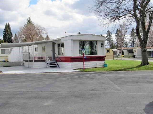 2601 N Barker Rd Trlr 62 Otis Orchards, WA 99027