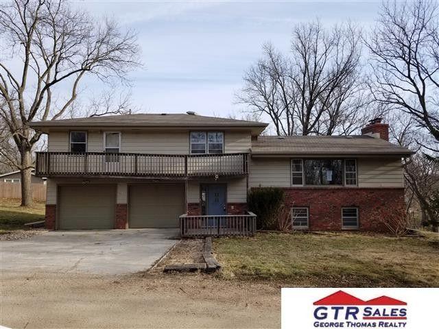3522 Lee Terrace Rd, Omaha, NE 68112