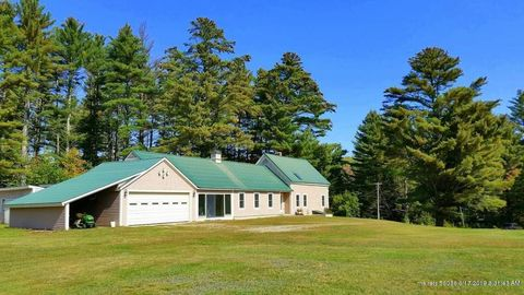 Photo of 1100 Middle Rd, New Portland, ME 04961