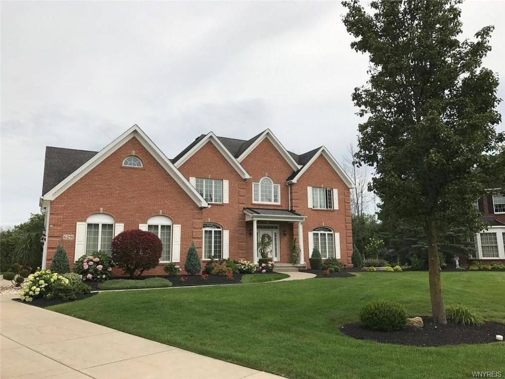 6291 Everwood Ct S East Amherst, NY 14051