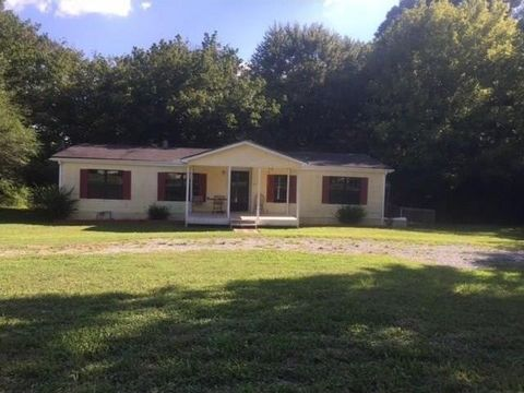 618 Arnold Mill Rd Woodstock GA 30188