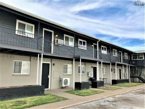 Photo of 1710 10th St Apt 10, Wichita Falls, TX 76301