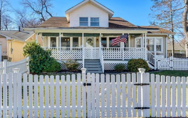 1518 7th Ave, Neptune Township, NJ 07753 - realtor.com®