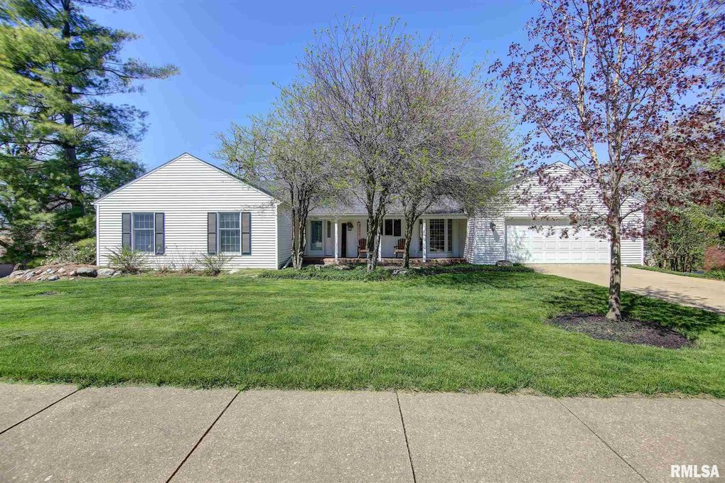 580 Worth Ct Clinton Ia 52732 Realtor Com