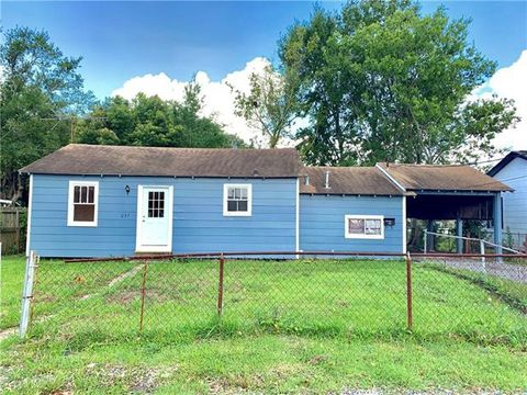 Photo of 237 Clayton Dr, Norco, LA 70079