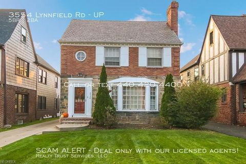 Photo of 3554 Lynnfield Rd Unit Up, Shaker Heights, OH 44122