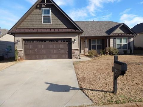 Photo of 325 S Stonegate Dr, Seneca, SC 29678