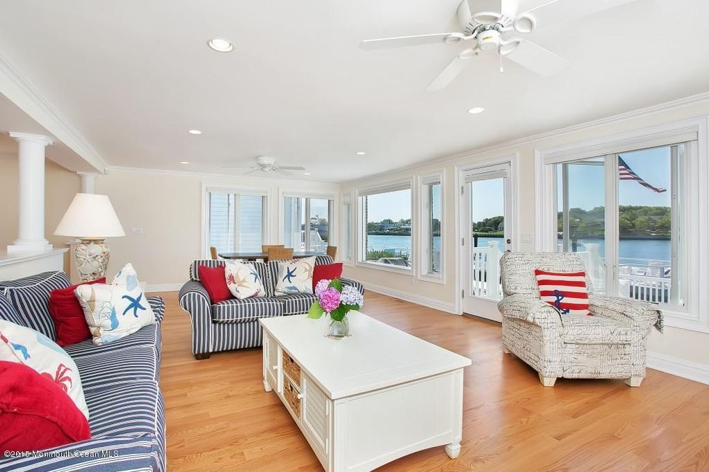 34 Poole Ave Avon By The Sea NJ 07717