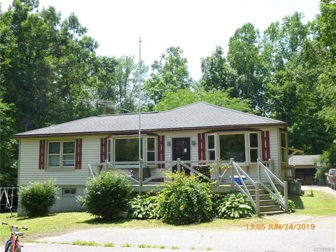 Photo of 35742 Tidewater Trl, Center Cross, VA 22437