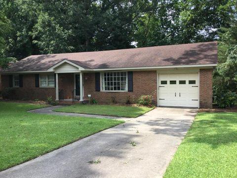 104 Brinkley Rd, Greenville, NC 27858