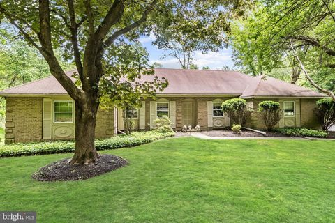 Photo of 3 Whisperwood Ct, Pikesville, MD 21208