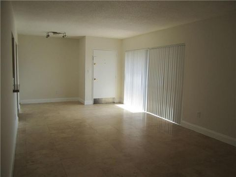 4130 Nw 79th Ave Apt 2 F, Doral, FL 33166