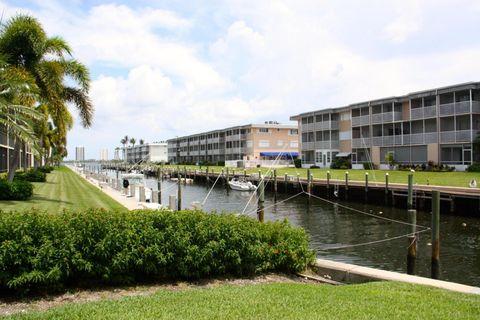 236 Castlewood Dr Apt 202, North Palm Beach, FL 33408
