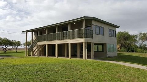 Photo of 478 S County Road 1144, Riviera, TX 78379