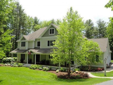 22 Evergreen Dr, Hampton Falls, NH 03844