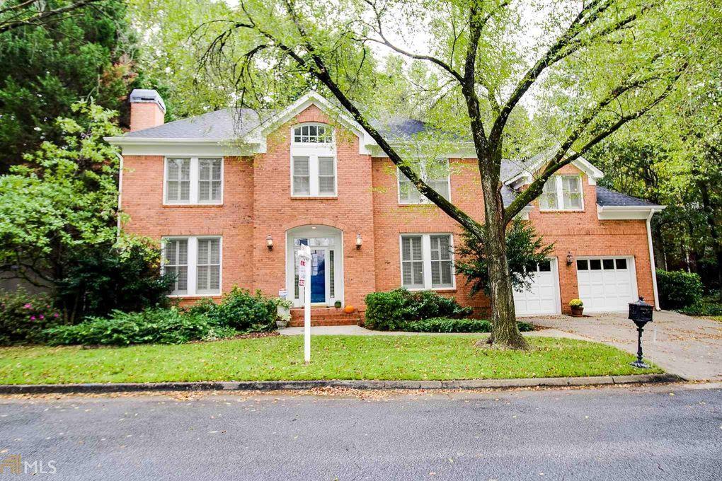 615 Greystone Park Ne, Atlanta, GA 30324