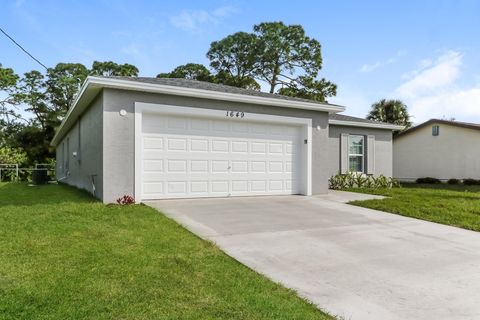 Photo of 1649 Sw Burlington St, Port Saint Lucie, FL 34984