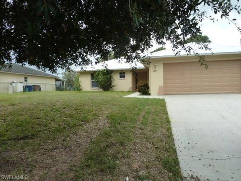 910 Naples Ave S, Lehigh Acres, FL 33974