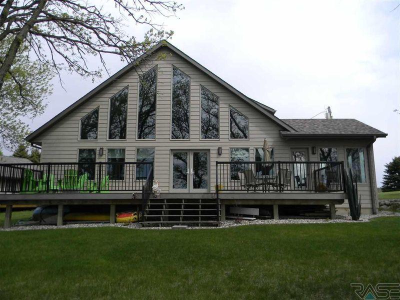 791 E Lake Hendricks Dr Hendricks Mn 56136 Home For