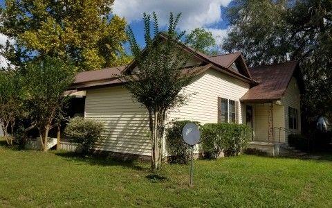303 Se Piedmont St, Live Oak, FL 32064