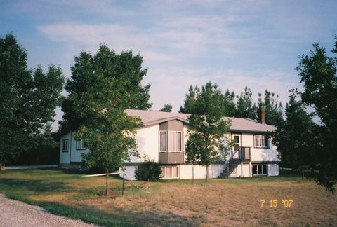 Photo of 530 Blazen Rd, Conrad, MT 59425