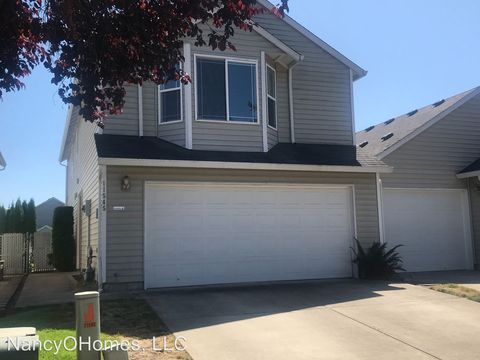 Photo of 11545 Ne 32nd St, Vancouver, WA 98682