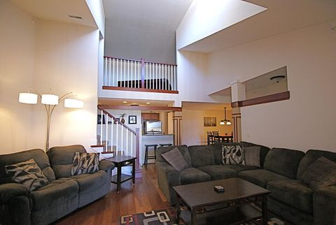 Photo of 15295 W Library Ln Unit 313, New Berlin, WI 53151