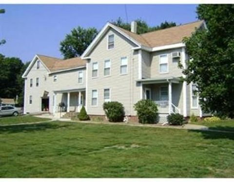 46 Church St Unit 2, Merrimac, MA 01860
