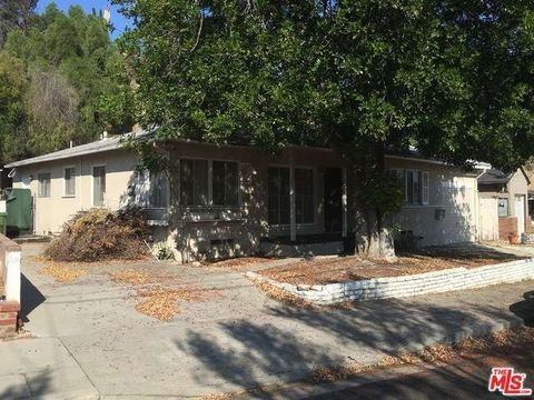 8608 Bluffdale Dr, Sun Valley, CA 91352