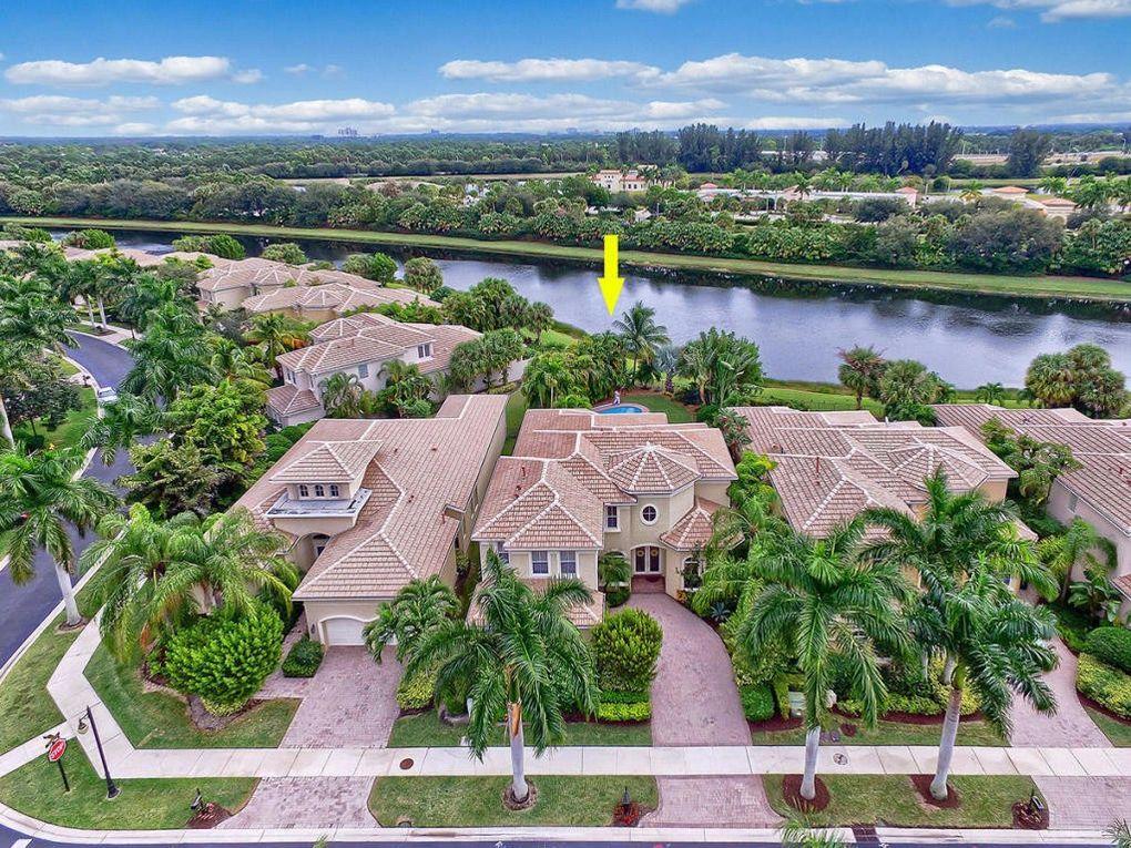 504 Via Toledo, Palm Beach Gardens, FL 33418
