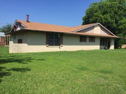 926 N Pecan St, Hico, TX 76457