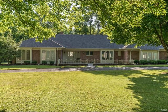 325 kinsey rd xenia oh 45385 home for sale real