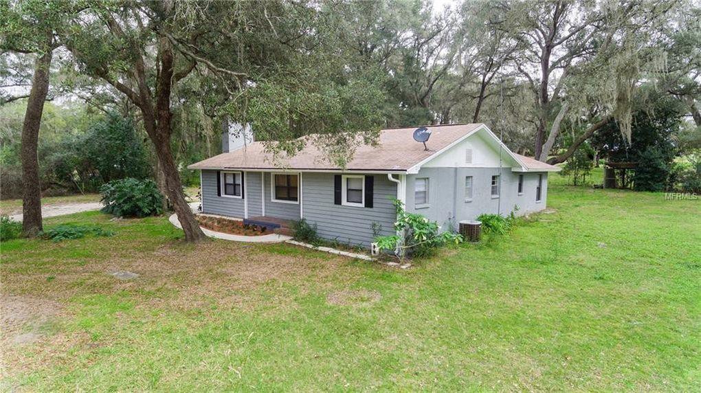 18134 Mount Olive Dr, Dade City, FL 33523
