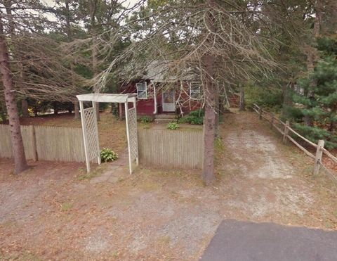 Photo of 23 Edgewood Dr, East Falmouth, MA 02536