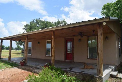 1325 Morrow, Mason, TX 76856