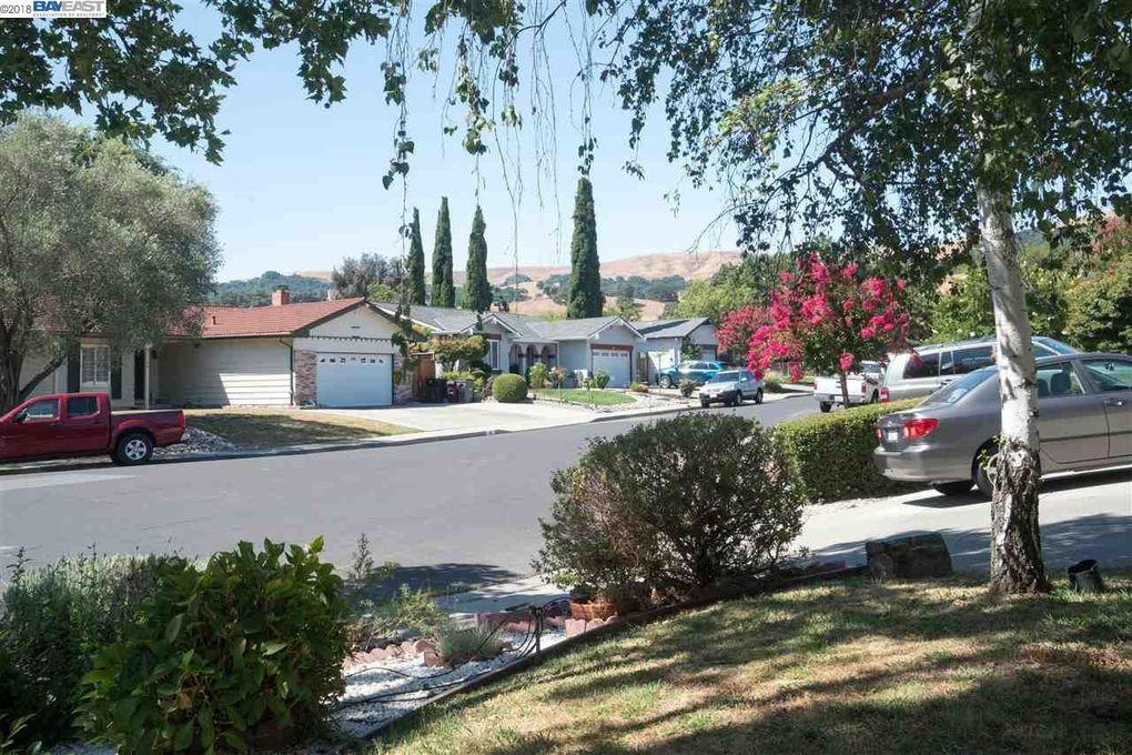 53 Nead Pl, San Ramon, CA 94583