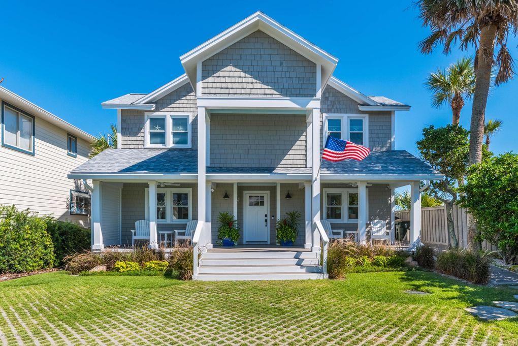 1877 Beach Ave Atlantic Beach, FL 32233