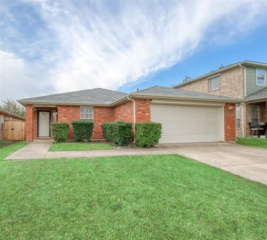 3013 Eagle Mountain Dr Wylie, TX 75098