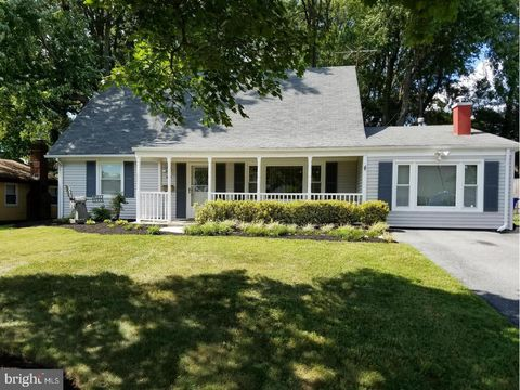 Photo of 12318 Welling Ln, Bowie, MD 20715