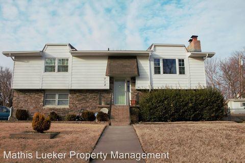 Photo of 712 Rockledge Dr, Junction City, KS 66441
