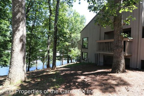 Photo of 64 Ridgeport Rd, Lake Wylie, SC 29710