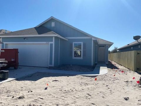 Photo of 2125 Lighthouse Lake Ln, Aransas Pass, TX 78336