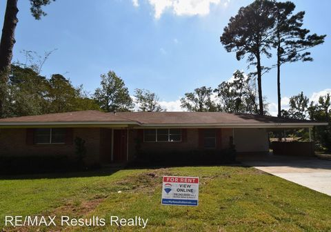 Photo of 2109 Walnut Ave, Ruston, LA 71270