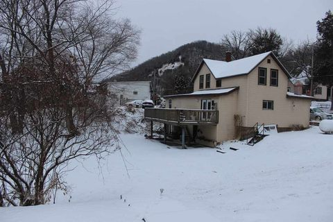 Photo of 171 Main St, Ferryville, WI 54628