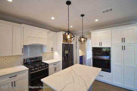 Clark Nj 5 Bedroom Homes For Sale Realtor Com