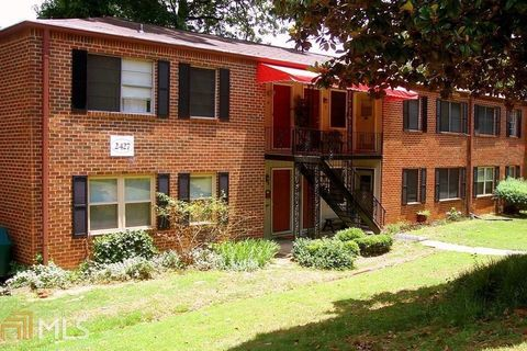 Photo of 2427 Lawrenceville Hwy Apt 3, Decatur, GA 30033