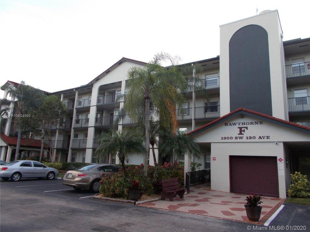 1300 SW 130th Ave Unit 404F Pembroke Pines, FL 33027
